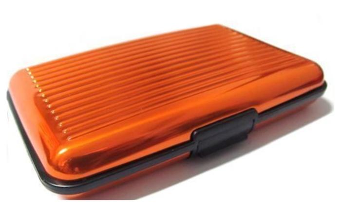 e521ba3a7bc2 Aluminum Wallet Credit Card Holder and FREE RFID Blocking Sleeve ...