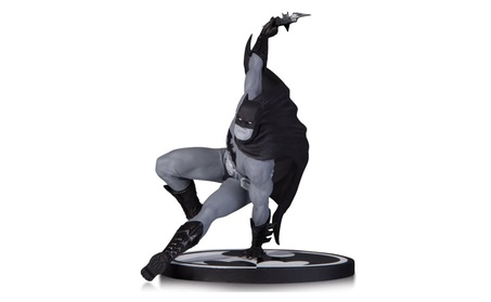 DC Comics Batman Black/White Statue Bryan Hitch Limited Ed Comic Hero 509dffcb-82d5-4206-927e-aa6fe0a38d36