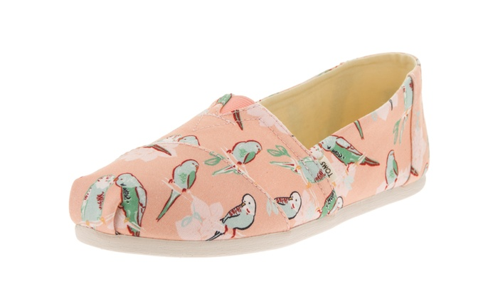 bc2493c72237c Toms Women's Classic Alpargata Slip-On Shoe | Groupon