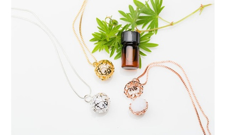 Aromatherapy Diffuser Locket Necklaces 42b83a04-a6ba-4cf2-83a7-5df31f5f70a6