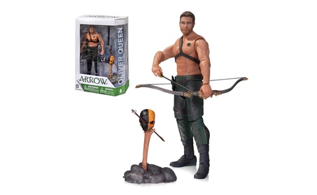 Arrow: Oliver Queen & Totem Action Figure CW Series Bow AUG140383 b38b0092-2c7c-4c1f-88ad-6a963db486f3