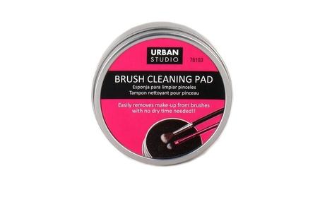 Urban Studio Make-Up Brush Cleaning Pad 5e39c2eb-aab6-4a95-ac2f-24a19d542e44