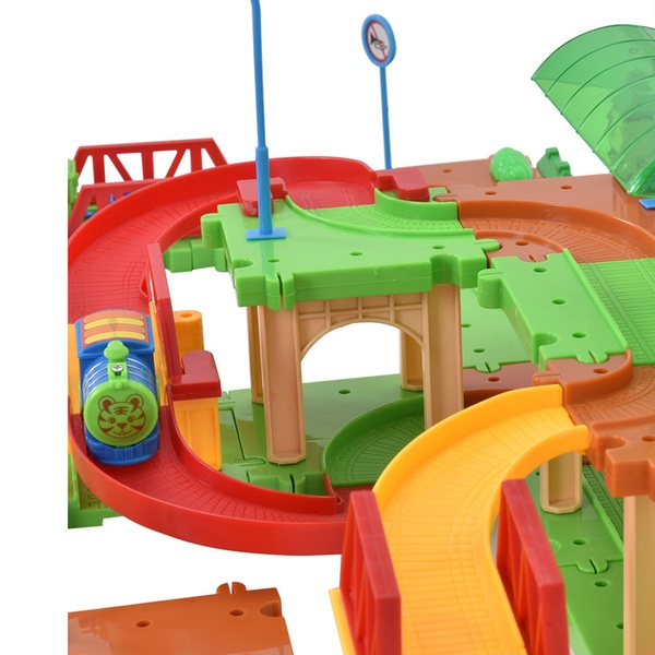 77PCS B//O Kids Child Plastic Brick Toys Electronic Building Blocks Railway Train