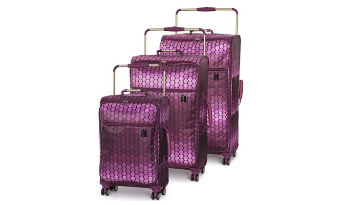 IT Luggage World's Lightest 3 Piece Spinner Set - Ombre Spot Berry ...