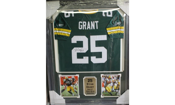 Ryan Grant Green Bay Packers Autographed Jersey Frame