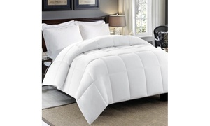Hotel Peninsula 240TC White Goose Feather and Down Comforter