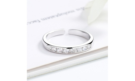 Sterling Silver Channel-Set Toe Ring with crystals from Swarovski