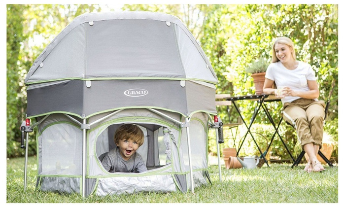 Graco Pack u0027n Play Traveling Portable Outdoor Playard Sport Parkside  sc 1 st  Groupon & Graco Pack u0027n Play Traveling Portable Outdoor Playard Sport ...