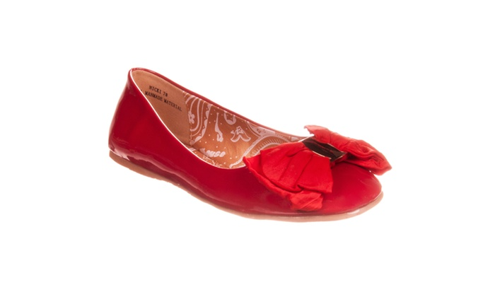 Riverberry Women's 'Nicki' Bow-detail Patent Ballet Flat, Red