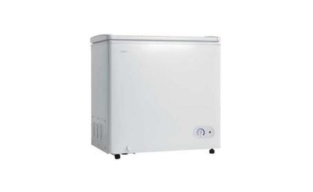 5.5 Cu. Ft. Chest Freezer 1 Basker Up Front Temperature Control photo