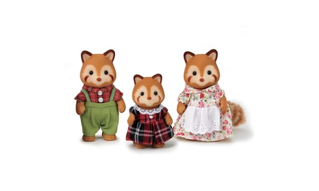 International Playthings - Calico Critters Red Panda Family d8f06609-0259-4758-af7b-e79a5f9ecc92
