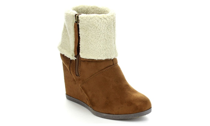 Beston DAPHNE Women's Comfort Faux Fur Side Zip Wedge Booties