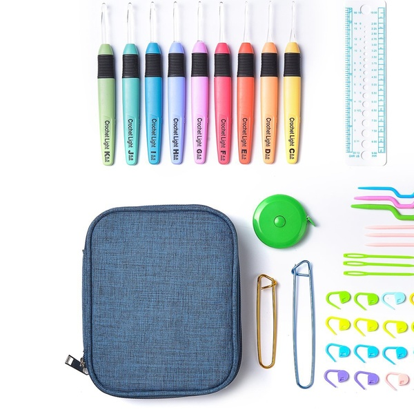 Crochet Hooks Set Ergonomic Soft Grip Handle Knitting Needles Kit with Case Tool