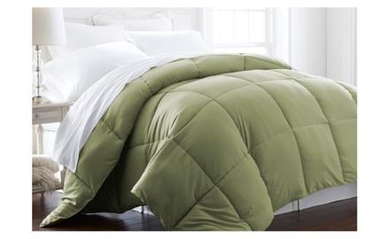 Feathered Nest® Super Plush Down-Alternative Fiber Comforter