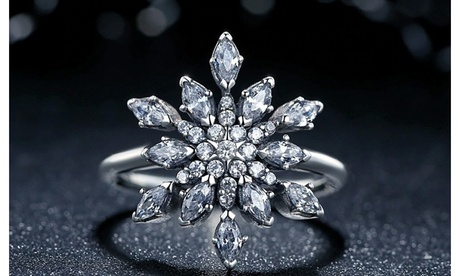 Snowflake Crystal Ring Made With Crystals From Swarovski