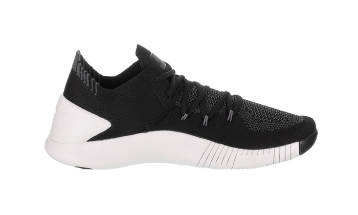 dfae01d5ef31 Up To 5% Off on Nike Women s Free Tr Flyknit ...