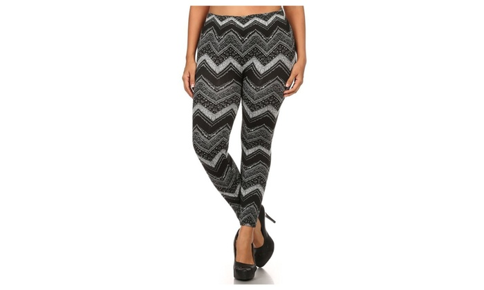 Plus Size Fleece Lined Chevron Striped Winter Leggings
