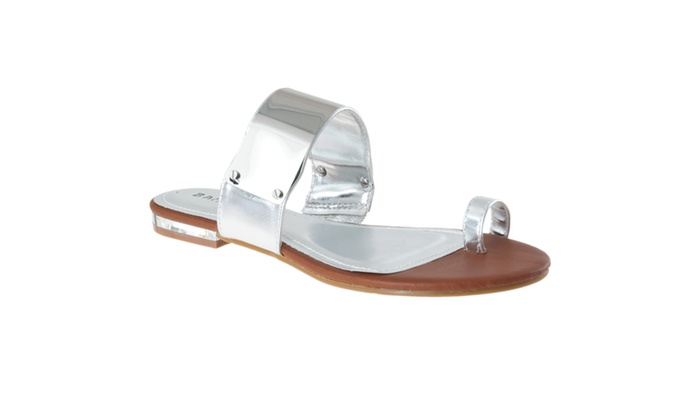 Riverberry Women's 'Bloom' Toe Ring Flat Sandals, Silver