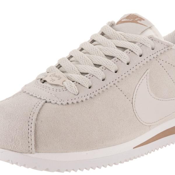 482711a0e22c Nike Women s Classic Cortez Prem Casual Shoe