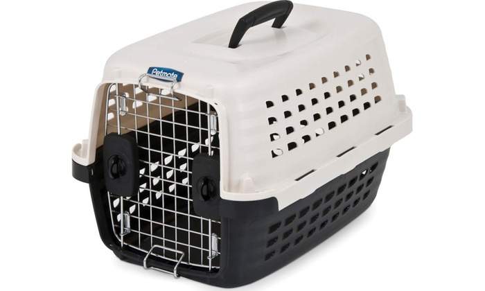 Petmate furrarri dog crate