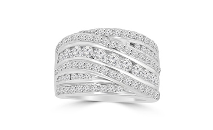 2.10 ct Ladies Round Cut Diamond Anniversary Ring in Prong Setting