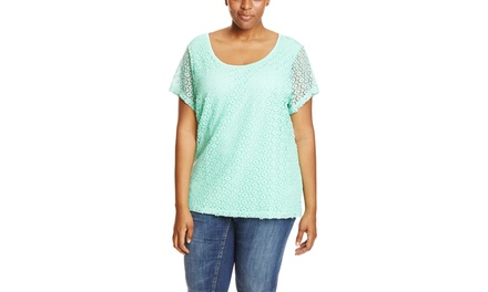 EXTRA TOUCH Short Sleeve Crochet Trim Top with Keyhole Back