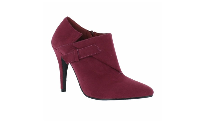 Red Circle's Women Alvina Point Ankle Boot