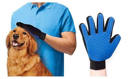 Gentle Deshedding Grooming Glove a9efe064-c0f3-4c49-b850-fcf8fd2766cf