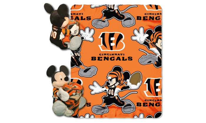 COB 038 Bengals Mickey Hugger with Throw