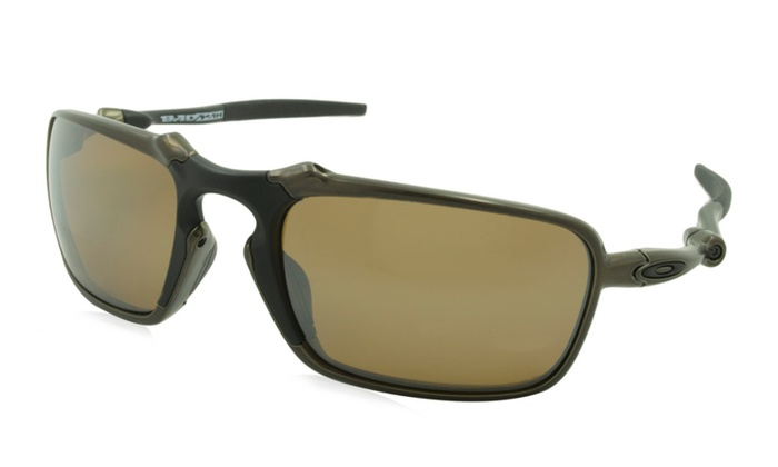 62911e7dc8 ... ireland oakley mens sunglasses badman frame pewter lens polarized brown  ecfb2 784e8