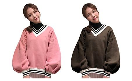 Women's V Neck Loose Fit Fleece Sweatshirt 11e280ee-e0c5-414f-815d-4e7407f38a80