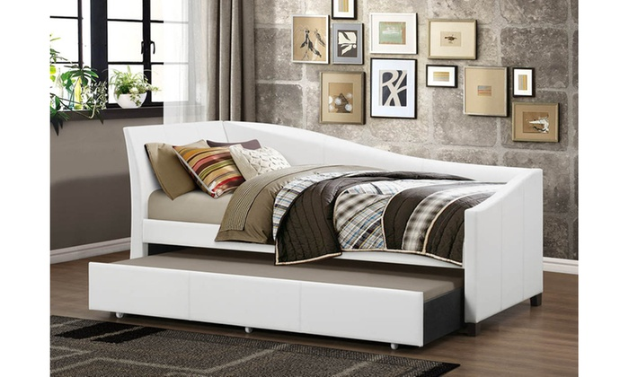 vera twin daybed with pull out trundle guest bed livingsocial. Black Bedroom Furniture Sets. Home Design Ideas