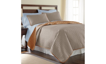 Solid Reversible Coverlet Set with Bonus Sheets (7-Piece)