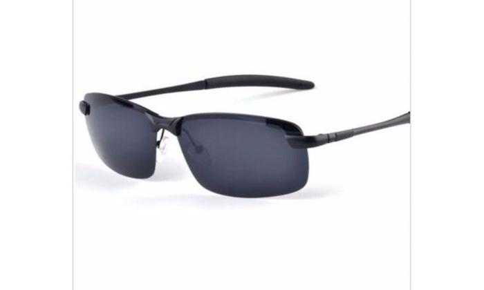 Men Black Polarized Aviator Glasses With Case