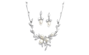 You Are My Everything: Freshwater Pearls in CZ Leaves Neck Set 3041S