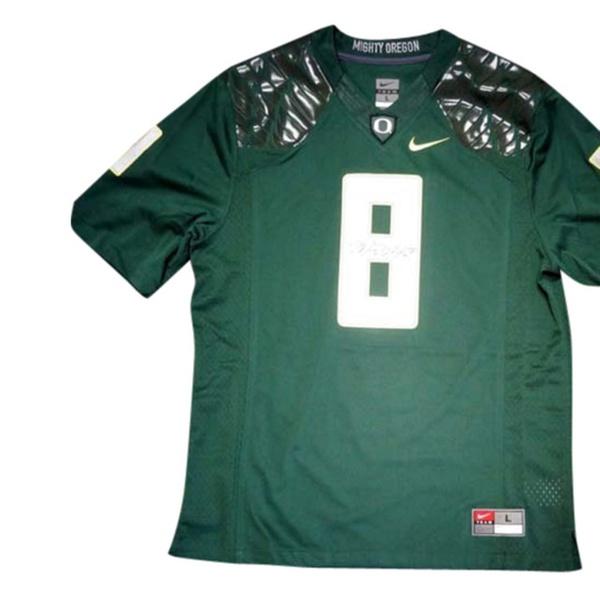 half off 64824 d72fe Autographed Marcus Mariota Oregon Ducks Green Nike Jersey