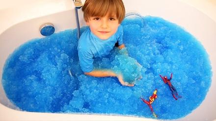 Kids Gelli Baff or Slime Baff Bath Gel with Optional Action Figures (1- or 2-Pack)