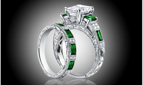 Tri Stone Green Emerald Emerald Cut Engraved Ring and Band Set 3d8feab1-78b8-453a-ac72-8b14526fc6ed