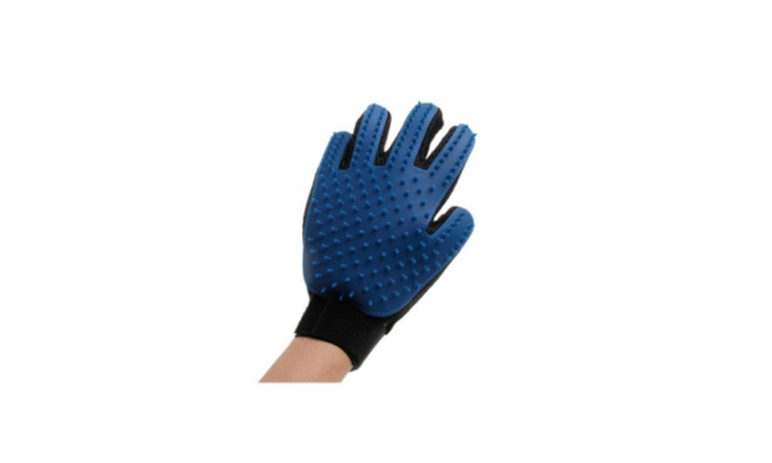 IBT Sales Group: Gentle and Efficient Equipment Grooming True Touch Deshedding Glove