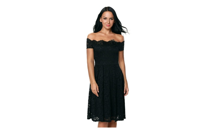 Womens Black Plus Size Scalloped Off Shoulder Flared Lace Dress