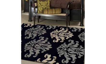 Superior Casper 2.7'x8', 2'x3', 4'x6', 5'x8', or 8'x10' Area Rug. Multiple Options Available.