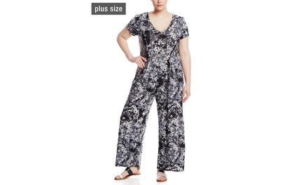 MLLE GABRIELLE V-Neck Cap Sleeve Printed Jumpsuit