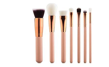Compact Professional Makeup Brush Set - Salon Grade (8 Units) 6d330650-6993-4474-b61a-eadd32572d82
