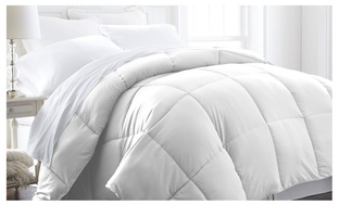 Soft Essentials Alternative Down Fiber Comforter
