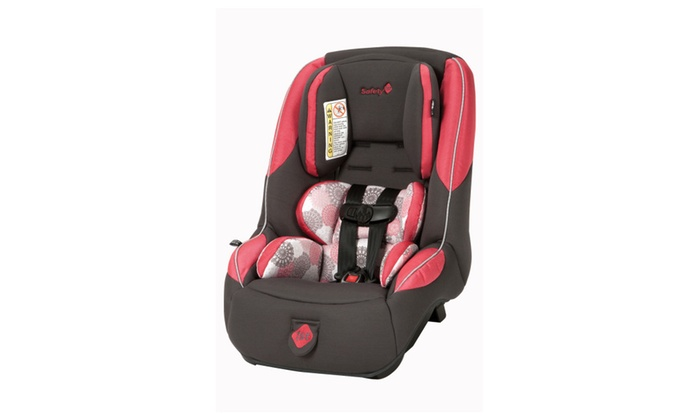 guide 65 convertible car seat chateau groupon. Black Bedroom Furniture Sets. Home Design Ideas