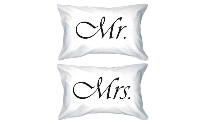 Mr And Mrs Gifts Wedding: Mr & Mrs Simple Cute Matching Couple Pillowcases