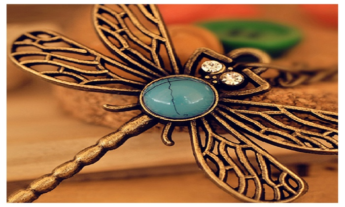 Sparkling Selections: Retro Hollow Dragonfly Long Paragraph Sweater Chain Pendant Necklace - Length 25 cm