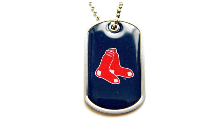 MLB Boston Red Sox Dog Tag Domed Necklace Charm Chain