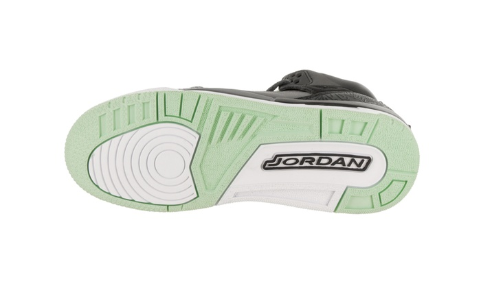 10210b3f0af556 Nike Jordan Kids Jordan Spizike GG Basketball Shoe