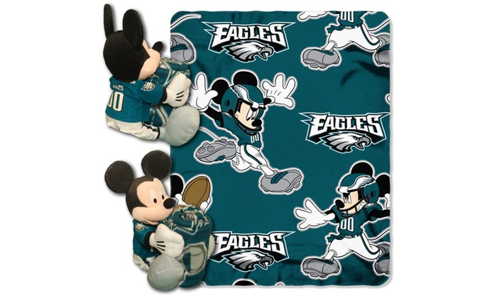 COB 038 Eagles Mickey Hugger with Throw